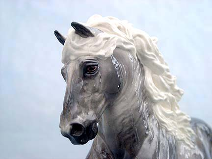 DAVYDD sculpture by Sarah Minkiewicz-Breunig