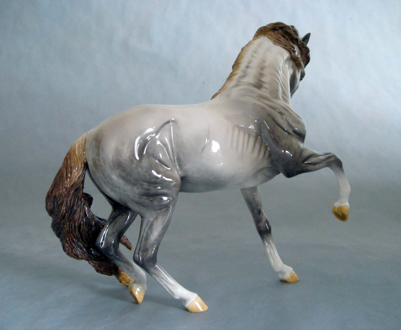 DESPERADO sculpture by Stacey Tumlinson
